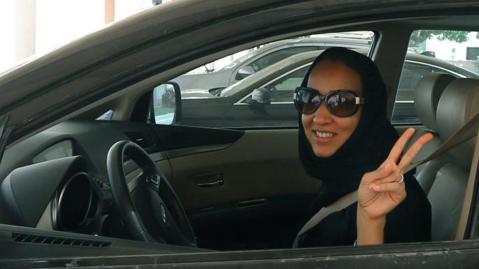 La activista Manal al-Sharif, impulsora de la campaña Women2Drive, también es celebrada en la edición de Vogue.