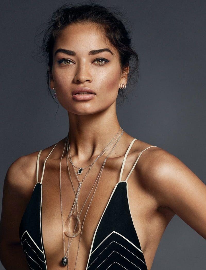 Shanina Shaik, la primera modelo de raíces saudíes en desfilar para Victoria's Secret.